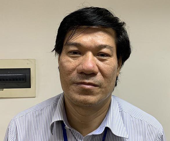 Cựu giám đốc CDC Hà Nội sắp hầu tòa vì chủ mưu nâng khống giá máy xét nghiệm Covid-19 - Ảnh 1.