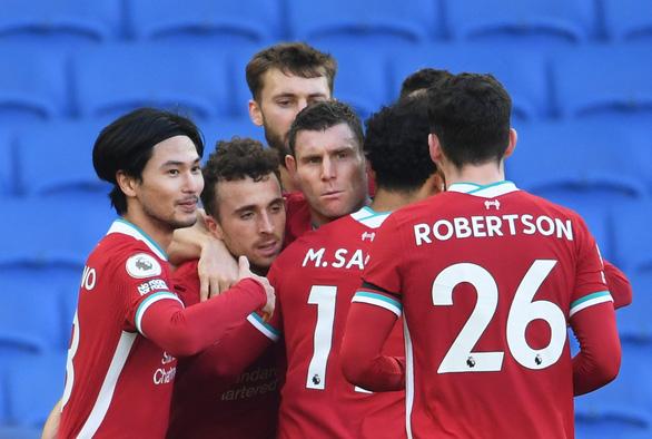 VAR nhiều lần can thiệp, Liverpool bị Brighton cầm chân - Ảnh 2.