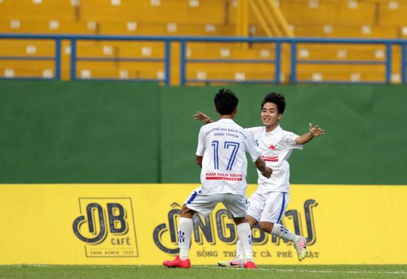 Điểm tin thể thao tối 28-11: Lần đầu đánh MMA tại Việt Nam, xác định 3 vé vào bán kết SV-League 2020 - Ảnh 2.