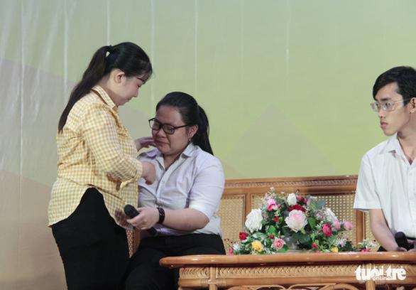 70 tân sinh viên nghèo Tiền Giang, Bến Tre được tiếp sức - Ảnh 4.