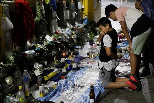 Công tố viên điều tra về cái chết của huyền thoại bóng đá Maradona - Ảnh 1.