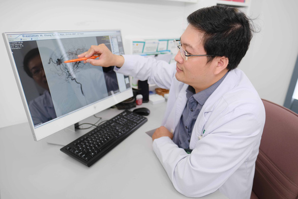 Ca mổ thần tốc cứu sống bé trai Đài Loan 13 tuổi của các bác sĩ Bệnh viện FV - Ảnh 1.
