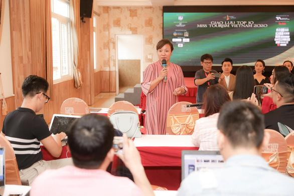Khánh Ngân thôi đảm nhiệm danh hiệu Hoa khôi Du lịch Việt Nam - Ảnh 1.