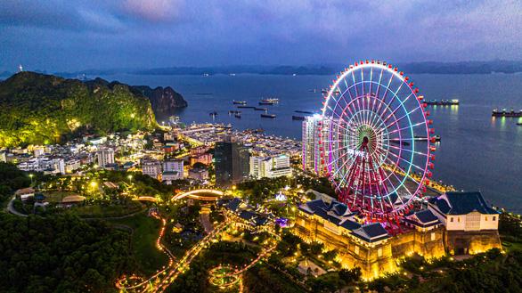 Quảng Ninh có gì hút khách du lịch đông xuân, đánh bại điểm yếu mùa vụ? - Ảnh 2.