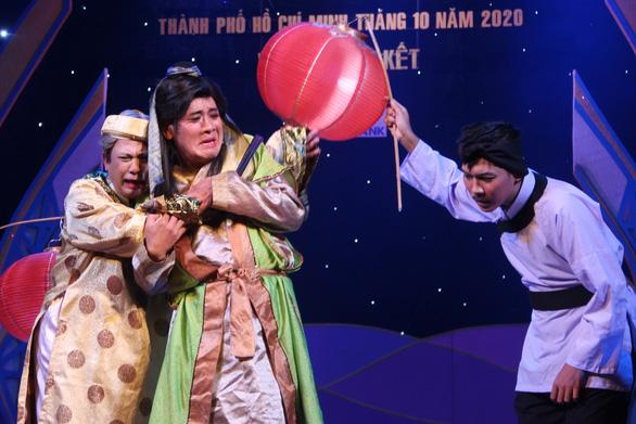 Hội ngộ anh tài ở Tài năng diễn viên sân khấu cải lương Trần Hữu Trang - Ảnh 1.
