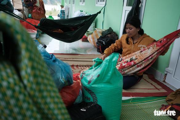 Lo chỗ ở cho dân mất nhà tại vùng sạt lở Phước Sơn - Ảnh 3.