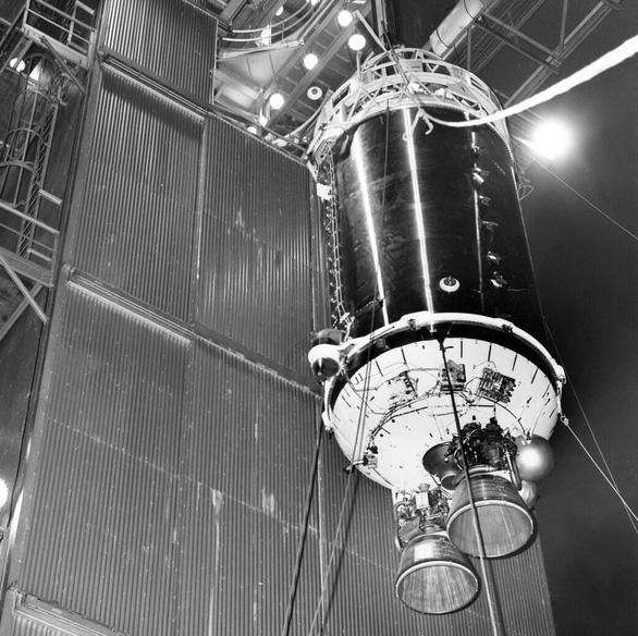 'Mặt trăng tí hon' tiếp cận Trái đất vào ngày mai - Ảnh 2.