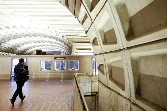 Người dân thủ đô Mỹ có thể không được đi tàu điện ngầm vào cuối tuần - Ảnh 1.