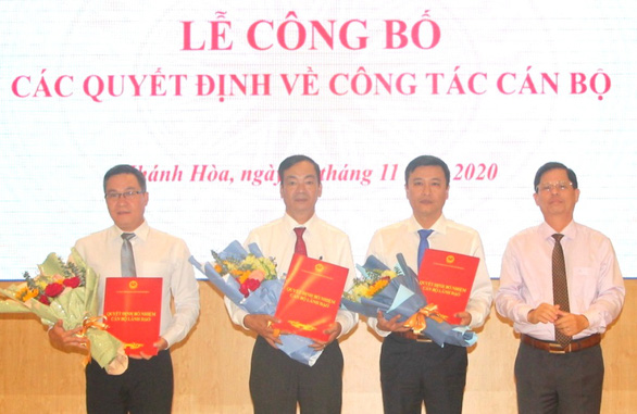 Khánh Hòa bổ nhiệm nhiều lãnh đạo mới cấp sở - Ảnh 1.