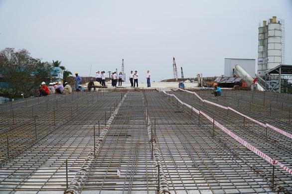 Cao tốc Trung Lương - Mỹ Thuận sẽ cho xe chạy một chiều dịp tết - Ảnh 1.
