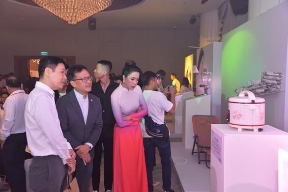 Trịnh Kim Chi, Minh Tú hội ngộ cùng người sống chung với HIV/AIDS - Ảnh 4.