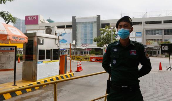 Thủ tướng Hun Sen kêu gọi bình tĩnh sau ca COVID-19 cộng đồng đầu tiên - Ảnh 1.