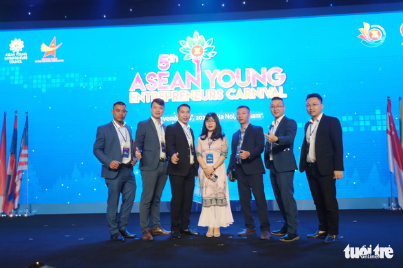 Doanh nhân trẻ ASEAN: Lùi một bước, tăng năng lực chống chịu - Ảnh 1.