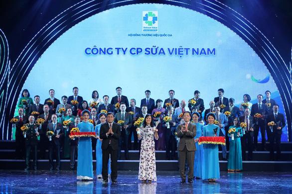 Vinamilk: 6 lần liên tiếp được vinh danh thương hiệu quốc gia - Ảnh 1.