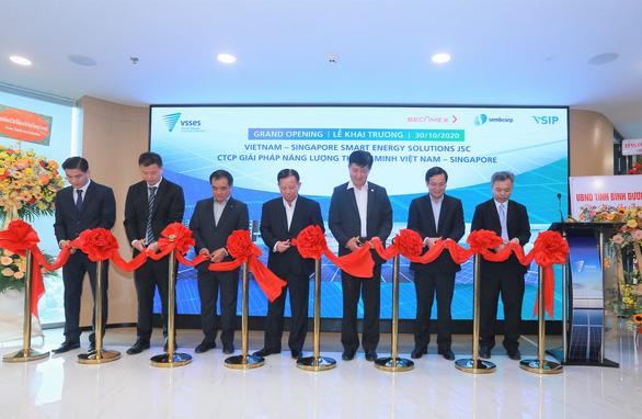 Bình Dương hợp tác Singapore hiện thực hóa năng lượng thông minh - Ảnh 2.
