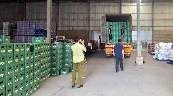 Khởi tố bị can đối với pháp nhân bia Sai Gon Viet Nam - Ảnh 1.
