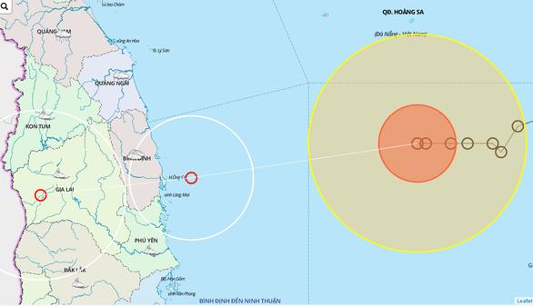 Từ hôm nay 5-11, bão số 10 gây mưa rất to từ Quảng Nam đến Bình Định - Ảnh 1.
