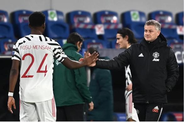 HLV Solskjaer từ chối nói về nguy cơ bị sa thải sau trận thua Istanbul Basaksehir - Ảnh 1.