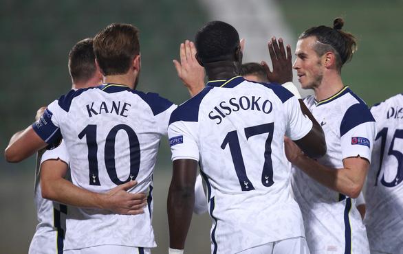 17 giây sau khi vào sân, Son Heung-Min đã dọn cỗ giúp Tottenham chiến thắng 3-1 - Ảnh 1.