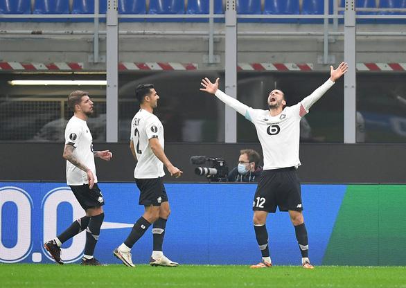 Có Ibrahimovic, AC Milan vẫn thảm bại tại San Siro - Ảnh 2.