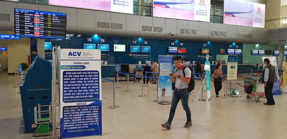 Sân bay Cam Ranh ngừng phát thanh thông báo chuyến bay từ ngày 16-11 - Ảnh 1.