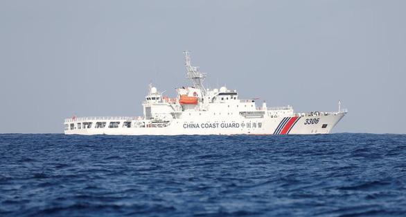 Hải cảnh Trung Quốc được phép dùng vũ khí trấn áp trên biển ra sao? - Ảnh 1.