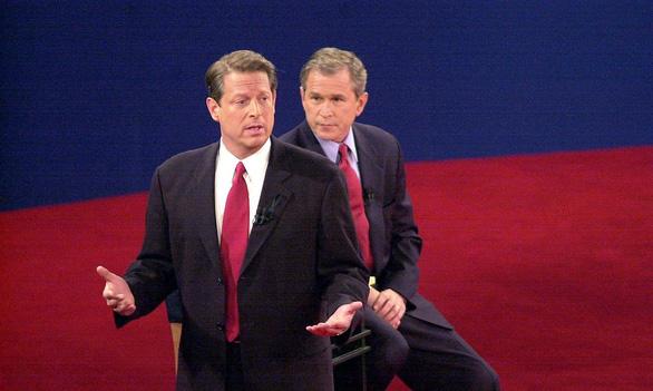 Ông Al Gore: Bầu cử năm nay hoàn toàn khác với năm 2000 - Ảnh 1.