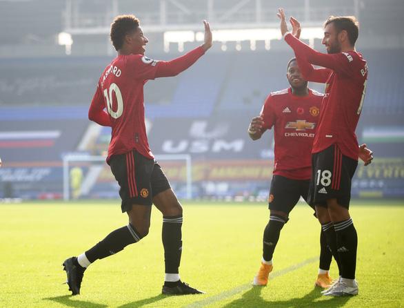 Bruno Fernandes tỏa sáng, Man Utd ngược dòng đá bại Everton - Ảnh 3.