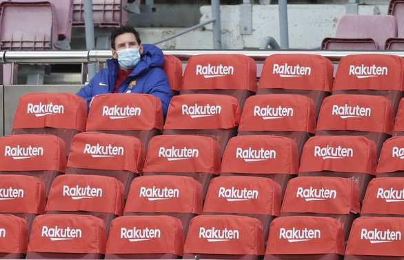 Vào sân từ băng ghế dự bị, Messi lập cú đúp giúp Barca đại thắng - Ảnh 1.
