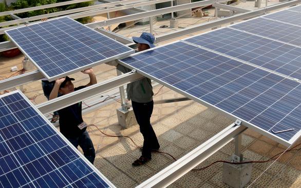 TP.HCM sẽ lắp điện mặt trời tại các cơ quan nhà nước - Ảnh 1.