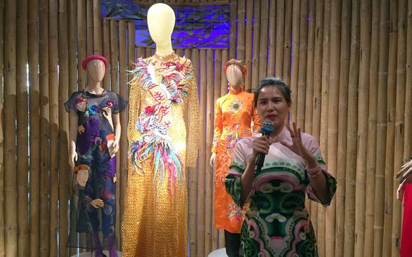 Thủy Nguyễn ghi chép văn hóa lên thời trang - Ảnh 2.