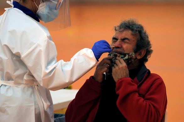 Thế giới đã có hơn 50 triệu ca nhiễm COVID-19 - Ảnh 1.