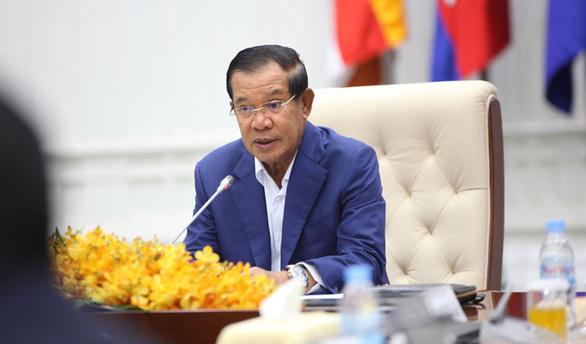 Campuchia tăng mức phòng dịch COVID-19, Thủ tướng Hun Sen tự cách ly - Ảnh 1.