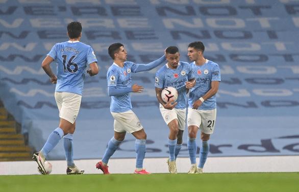 De Bruyne đá hỏng penalty, Man City bị Liverpool cầm chân - Ảnh 2.