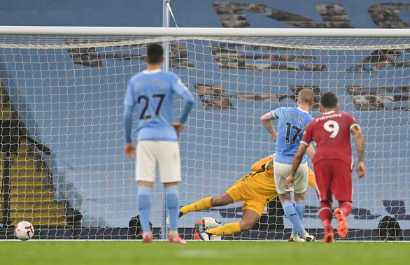 De Bruyne đá hỏng penalty, Man City bị Liverpool cầm chân - Ảnh 3.