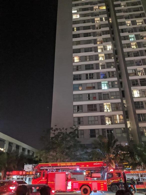 Cháy ở chung cư cao cấp Park Hill, nghi do cục nóng máy điều hòa - Ảnh 6.