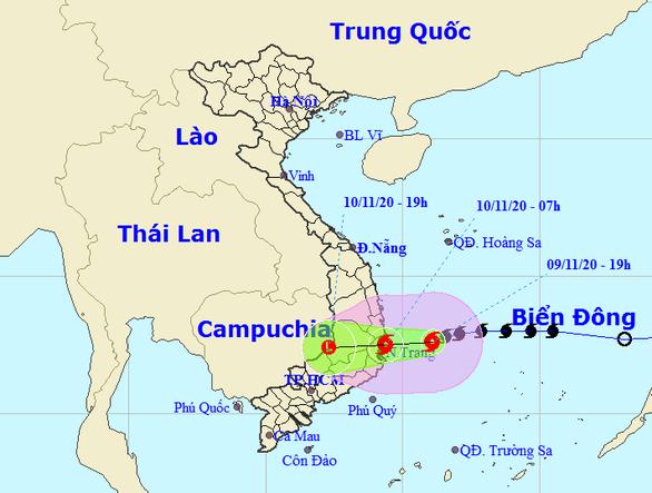 7h sáng mai bão đổ vào biển Bình Định - Ninh Thuận, gió giật cấp 11 - Ảnh 1.