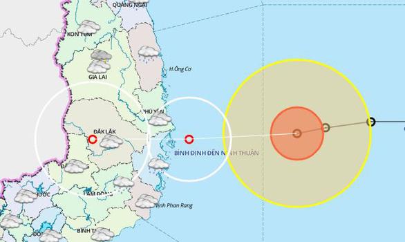 Bão 12 đang lao nhanh về vùng biển Bình Định đến Ninh Thuận - Ảnh 1.
