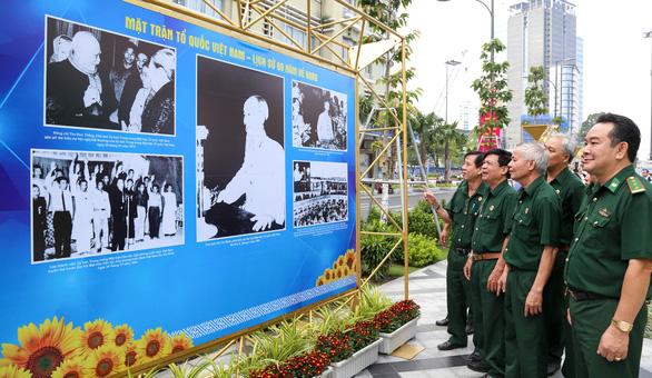 Khai mạc triển lãm ảnh MTTQ Việt Nam - nơi hội tụ sức mạnh khối đại đoàn kết dân tộc - Ảnh 3.