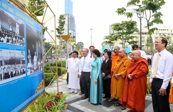 Khai mạc triển lãm ảnh MTTQ Việt Nam - nơi hội tụ sức mạnh khối đại đoàn kết dân tộc - Ảnh 2.