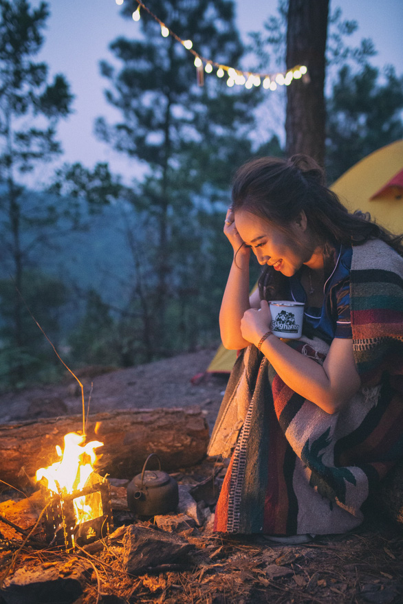 Hành trình của Khánh Linh: Từ 'họa mi hót trong mưa' đến 'giọng hát tiên cá'