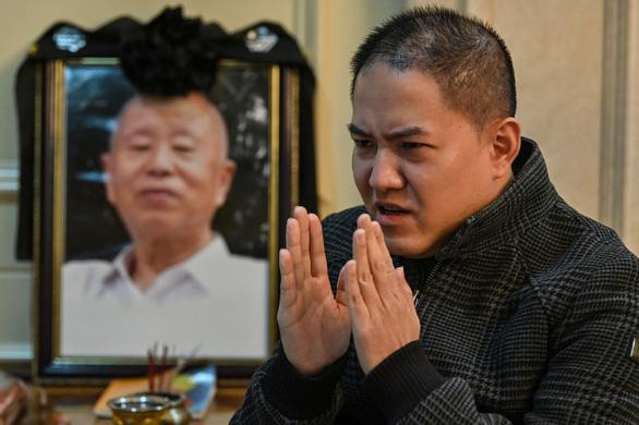 Những người Vũ Hán đi kiện chính quyền vì giấu dịch - Ảnh 1.