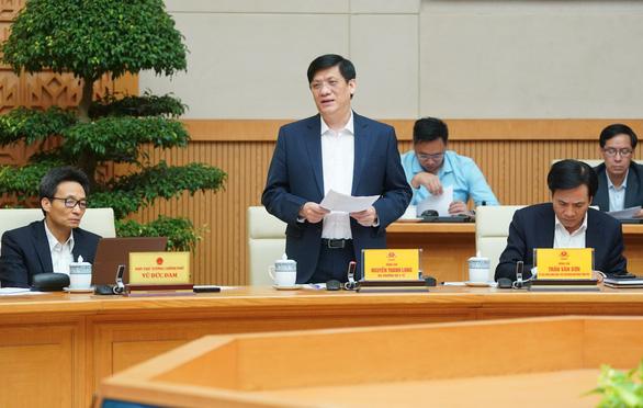 Thủ tướng yêu cầu làm rõ trách nhiệm việc để lây nhiễm COVID-19 ra cộng đồng - Ảnh 2.