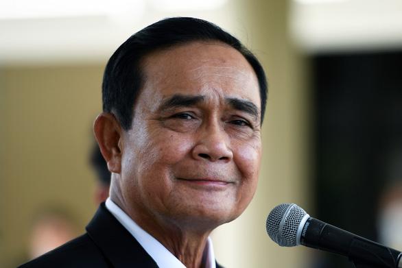 Tòa án Thái Lan phán quyết ông Prayuth không sai khi ở nhà quân đội - Ảnh 1.