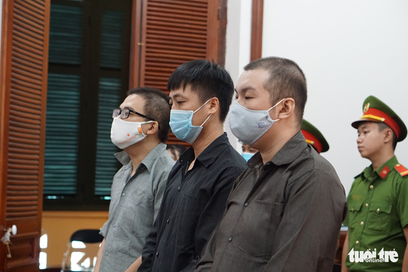 Nhóm tổ chức cho người Trung Quốc lưu trú trái phép trong dịch COVID-19 lãnh án nặng - Ảnh 1.