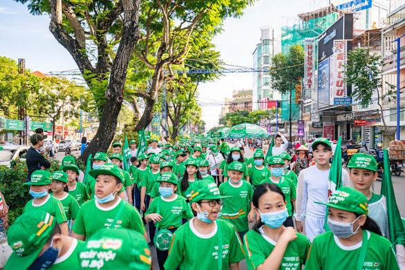 'Năng động Việt Nam' tiếp tục truyền lửa thể thao đến trẻ em Đồng bằng sông Cửu Long - Ảnh 2.