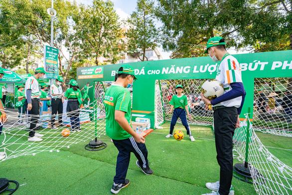 'Năng động Việt Nam' tiếp tục truyền lửa thể thao đến trẻ em Đồng bằng sông Cửu Long - Ảnh 3.