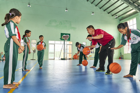 'Năng động Việt Nam' tiếp tục truyền lửa thể thao đến trẻ em Đồng bằng sông Cửu Long - Ảnh 5.