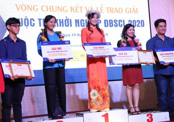 """""""Ba khía Đầm Dơi"""" đoạt giải nhất cuộc thi Khởi nghiệp ĐBSCL năm 2020 - Ảnh 1."""