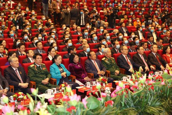 Thủ tướng Nguyễn Xuân Phúc: Không thử thách nào dân tộc ta không thể vượt qua - Ảnh 2.